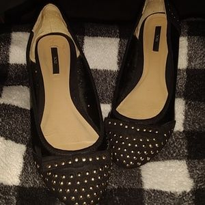 XXI black studded flated